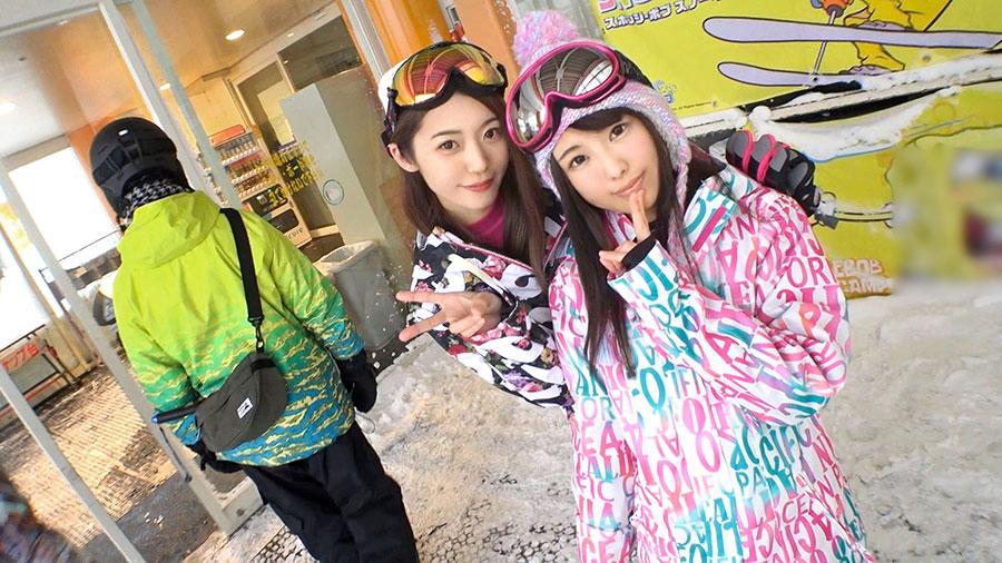【スキー場ナンパ】スノボ中のゲレンデ美女2人組をお持ち帰りした4PSEX動画