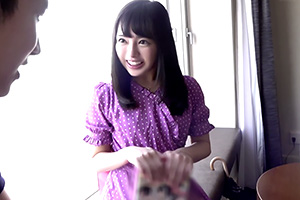 小倉由菜 黒髪の王道美少女が童貞の素人男性を筆下ろし!
