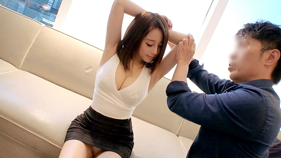 ラグジュTV 1076 男の前戯を合図に堪らずクリ、膣中を自ら手淫!美スタイルにオイルを塗りたくりながら麗しきバレエ講師が魅せる官能性交!