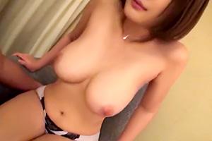 【素人】うひょーwナンパした奥様のおっぱいが凄かった!!