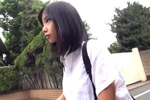 竹田ゆめ 平凡に暮らしてきた美少女が「イク」ことを覚えた初イキSEX!