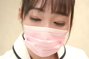 蓮実クレア マスク顔の巨乳歯科衛生士と診療中に隠れてセックス!