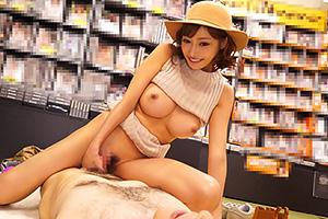 明日花キララ「私の作品買ってる?」AVショップでご本人登場www