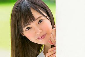 小倉由菜 ガチガチに緊張してる美少女を手マンするAVデビューSEX動画