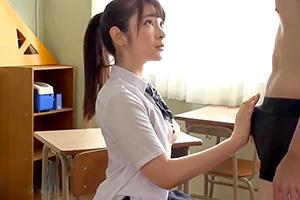 成宮りか フランスハーフの超絶美少女と教室で制服エッチ