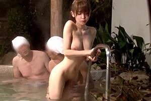 ダメです私には夫が…。自慢の妻が温泉で欲望にまみれた男達に寝取られる!