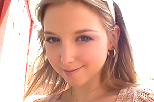 【外国人】「日本人とセックスしたい!」巨乳金髪美女と中出し