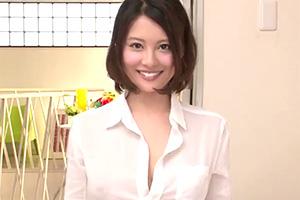 松岡ちな 裸YシャツのHカップ美少女に最後はぶっかけ!