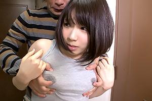結菜はるか 体にピタッと張り付くマキシワンピの女がエロい