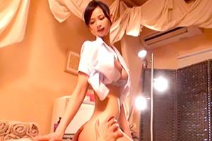 【マッサージ】カラダで稼ぐ人妻。類い稀ないテクニックで男を昇天させる