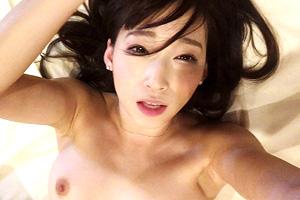 蓮実クレア 自らカメラで素のセックスを撮影したハメ撮り映像!