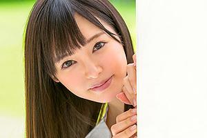 小倉由菜 キスだけで濡れちゃう優等生の美少女が大胆なAVデビューSEX!