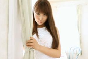 三上悠亜 アイドルが快感を全身で表現する恥じらい本気SEX!