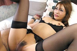 明日花キララ 先生に恋をした生徒と巨乳家庭教師が禁断のセックス!