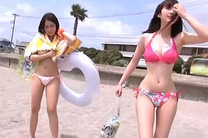 【マジックミラー号】ビーチナンパした10代の巨乳ビキニ美少女と乱交!
