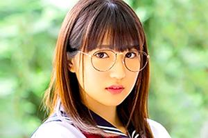 河奈亜依 内気な陰キャ美少女がメガネを外してAVデビュー!