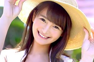 ひなたまりん 芸能人キタ!8頭身スタイルと眩しすぎる笑顔、別格の新人がAVデビュー!