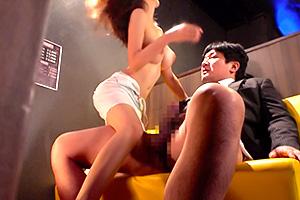 【50%OFF】松下紗栄子「入れちゃってよ!」Hカップ巨乳の人妻とハッスルタイム!