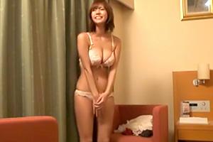 【素人】ナイスおっぱい!横浜でナンパしたスレンダーFカップ