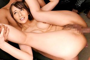 希崎ジェシカ 新作リリースイベントでファンに巨根を即ハメされる!