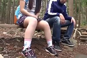 【野外】キャンプ場スタッフがロリ少女を性の捌け口にする一部始終
