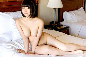 【S-Cute】美しいおっぱいに惚れた。むしゃぶりつきたくなる綺麗な乳首!