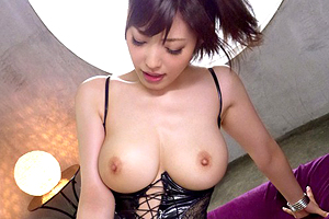 水野朝陽 オンナが性欲を爆発させる巨乳ボンテージ美女のSEX!