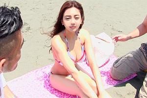【素人】ビーチでいちばんエロい巨乳ビキニ美女をナンパしてSEX!