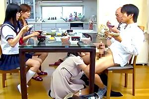 【手コキ】忙しい朝もスッキリ!朝コキレディの宅配サービス
