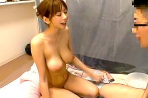 麻美ゆま ソープの未経験の素人男子のために出張宅配サービス!
