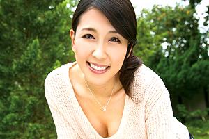 木村はな まだまだ綺麗なお母さんと愛情たっぷりの近親相姦