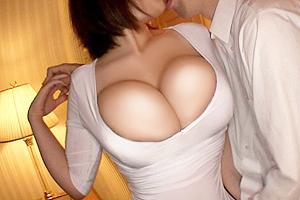 北嶋あん ムッチムチで胸元パツパツな人妻風俗嬢とヤリまくる!