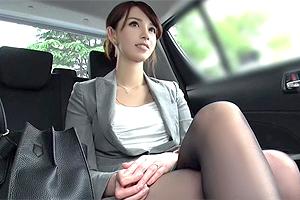 【素人】仕事が忙しくて欲求不満な人妻をOLをホテルに連れ込む!