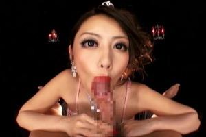 桜井あゆ カメラ目線で徹底的に淫語責め&悶絶フェラチオするお姉様