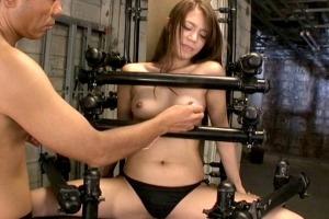 藤井シェリー 完全拘束で大絶叫!!イカされ続けるギャル系美女。