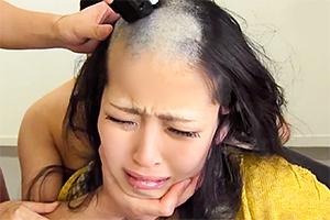 【坊主レイプ】落ち武者ヘアーじゃん…。美女を丸刈りにして犯す!