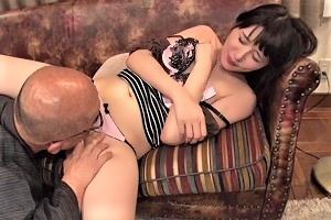 武井もな 夫の浮気に寝取られ開花して義父と一線超える嫁禁断の介護セックス