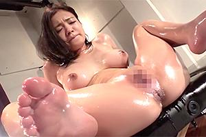 菅井はづき 人身売買を行う闇組織に肛門を開発される巨乳美女