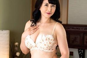 浅井舞香 義理の息子のチンコ想像しながらオナニーする性欲旺盛な豊満巨乳熟女