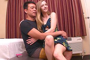 【素人】LAで見つけた金髪外国人。ハリウッドセレブの美脚に脱帽
