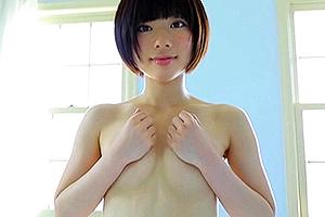 笹山りん 黒髪ショートカットの清楚系美少女!スポコスや水着でギリギリショット連発のイメージビデオ!