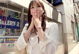 新宿でナンパした天然で淫乱な美人販売員(25)