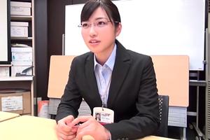 SOD宣伝部入社1年目の美少女がAV交渉~SEXまでの完全ドキュメンタリー!市川まさみ