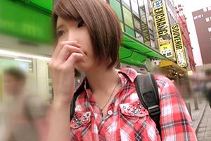 【素人】秋葉原でナンパしたニーソの似合うカフェ店員。乳首は綺麗なピンク色