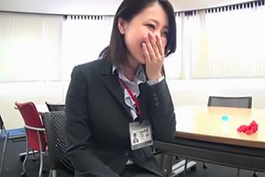 SOD女子社員が新作ローションのモニターで素股体験!社内でこっそり絶頂しますw