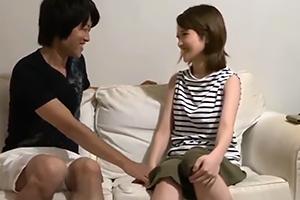 椎名そら 可愛すぎる路上ミュージシャンをナンパ師が口説き落とす