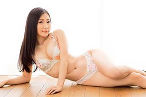 新人 長沢真美(ながさわまみ) AVデビュー。現役人妻教師がカメラの前で見せた変態セックス