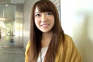 【素人】笑顔と関西弁で可愛さ3割り増し!照れながらも「めっちゃ気持ちいい…」