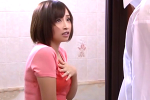 誤ってシャワーを浴びて下着が透け透けな隣の若妻に欲情レイプ!