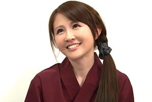 【マジックミラー】住み込みで修行している寿司屋の美人女将で童貞卒業
